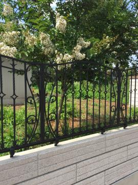 アルミ鋳物のおしゃれなフェンス